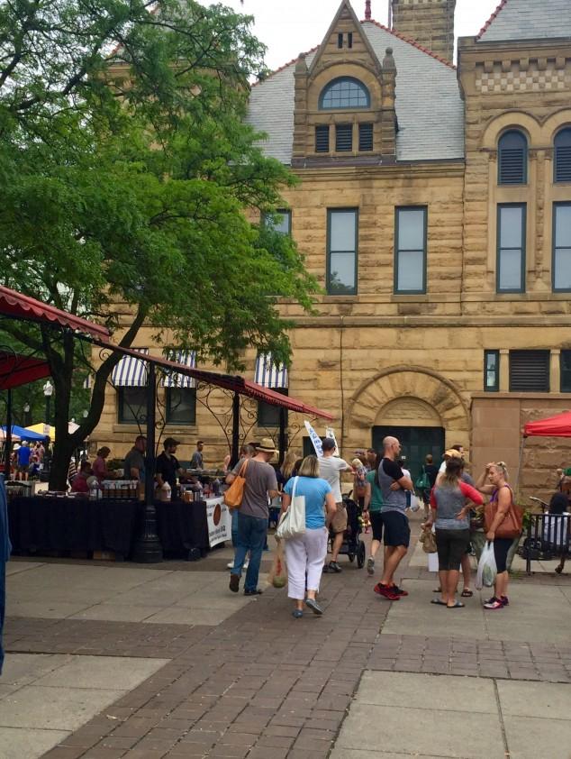 Farmers Markets throughout Fort Wayne